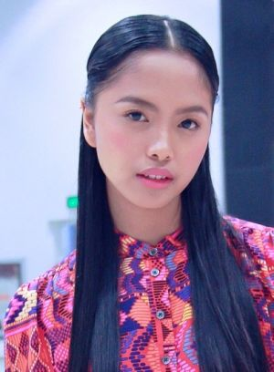 Inspiring photos of Asia - Philippine fashion week.jpg